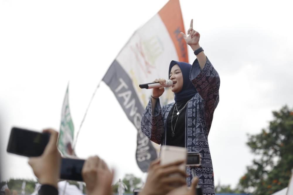 Suasana kampanye akbar terakhir Capres Cawapres nomor urut 02 Prabowo-Sandi di Lapangan Ahmad Yani, Alun-alun, Kota Tangerang, Sabtu (13/4/2019).
