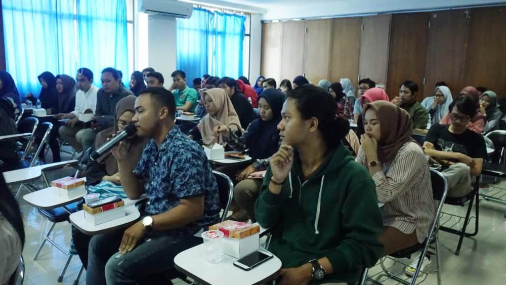 Kegiatan Diskusi Publik bertema Profesionalisme Pers Di Era Digital yang digelar TangerangNews di aula kampus pusat Universitas Muhammadiyah Tangerang (UMT), Cikokol, Kota Tangerang, Selasa (30/4/2019).