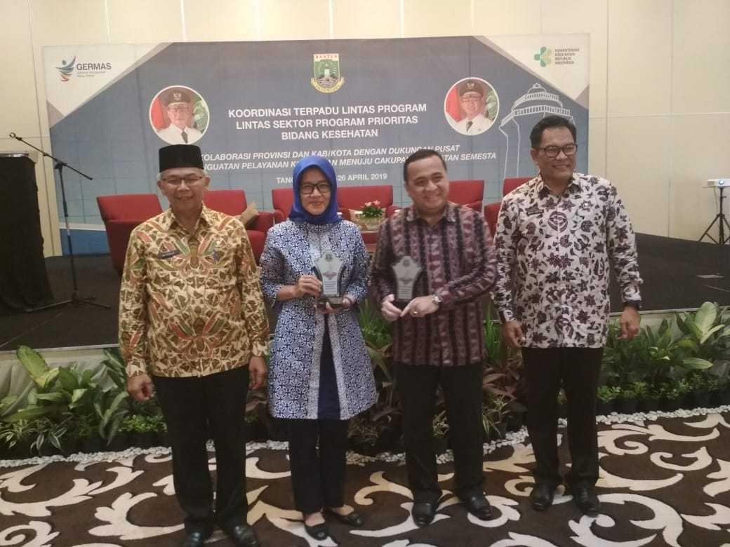 Rumah Sakit Umum (RSU) Kota Tangerang Selatan meraih penghargaan dari Dinas Kesehatan Provinsi Banten.