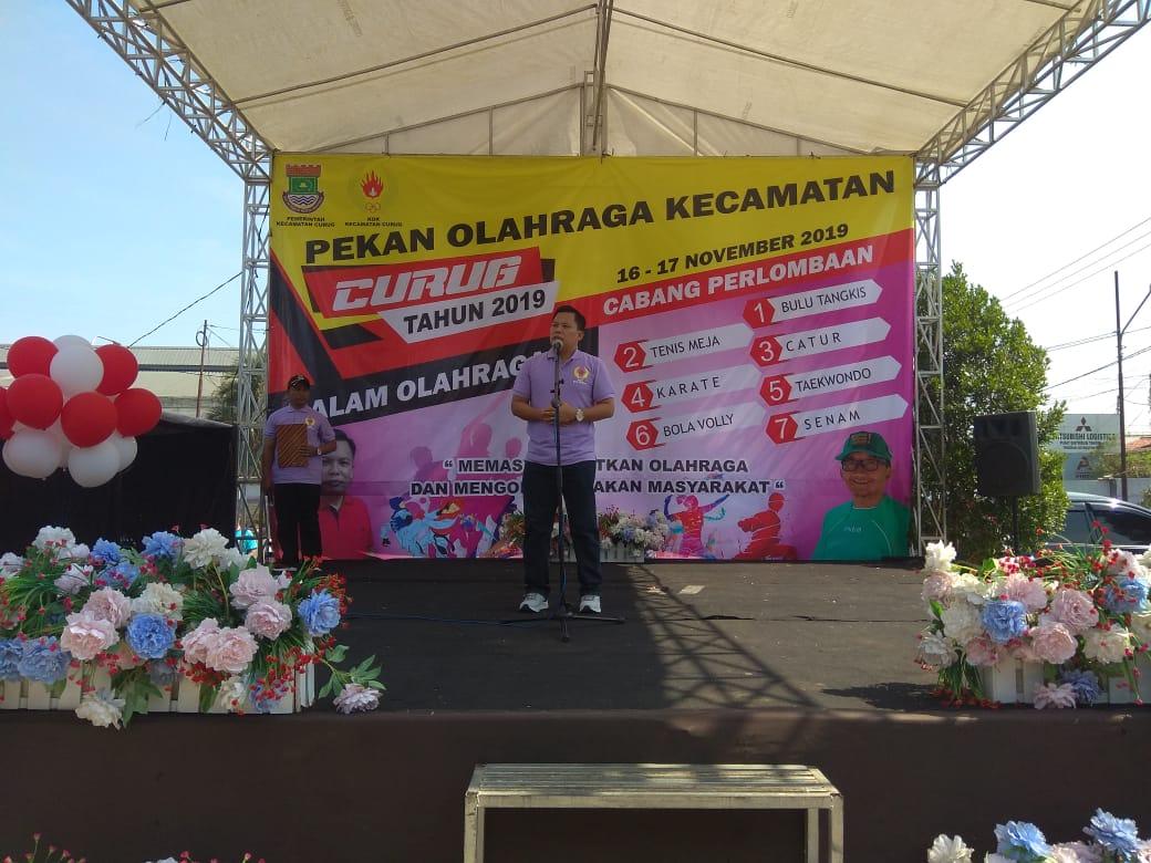 Camat Curug Supriyadi saat memberikan sambutannya di Pekan Olahraga Kecamatan Curug.
