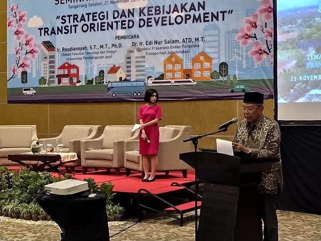 Wakil Wali Kota Tangsel Benyamin Davnie saat memberikan sambutannya.