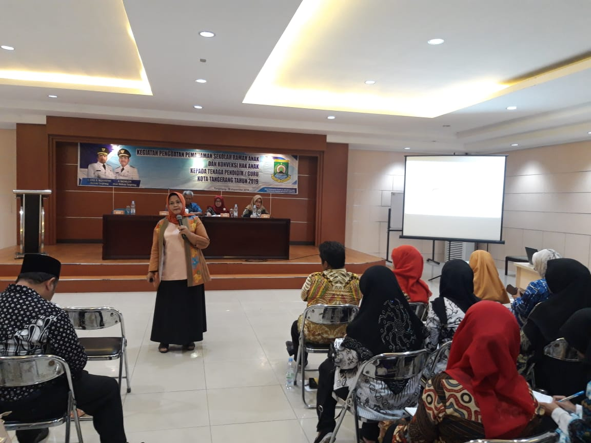 Kegiatan penguatan pemahaman sekolah ramah anak dan konveksi hak anak, kepada tenaga pendidik atau guru Kota Tangerang di aula Gedung Cisadane, Kota Tangerang, Kamis (28/11/2019).