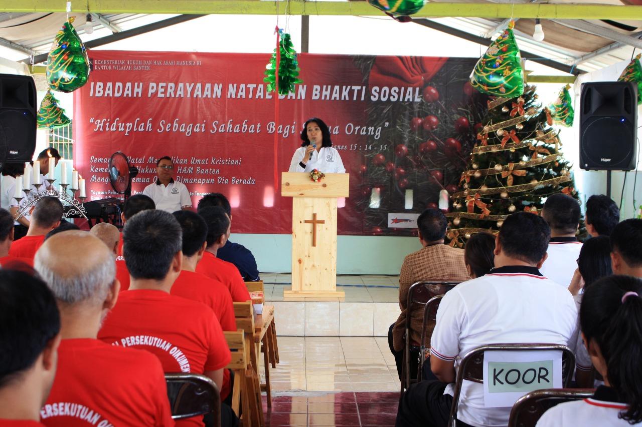 Kegiatan Perayaan Natal dan Bakti Sosial di Kantor Wilayah Kemenkumham Banten, Kamis (5/12/2019).