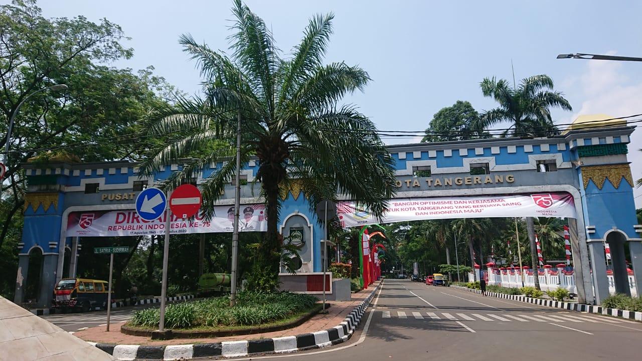 Tampak gapura Pusat Pemerintahan Kota Tangerang, Rabu (19/7/2020).
