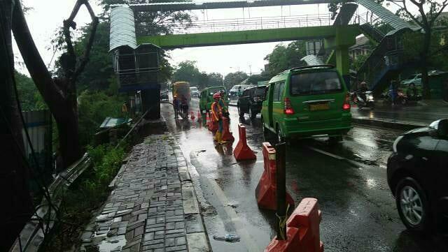 Suasan di Jalan Daan Mogot, Tanah Tinggi, Kota Tangerang.