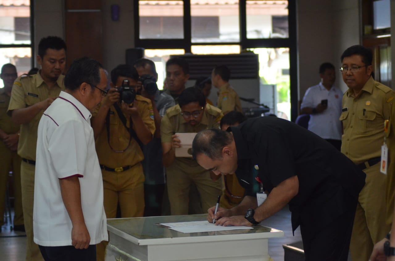 Bupati Tangerang Ahmed Zaki Iskandar saat memberikan sambutannya dalam kegiatan Pengukuhkan 13 pengurus cabang olahraga (Cabor) di Kabupaten Tangerang, Selasa (25/6/2019).