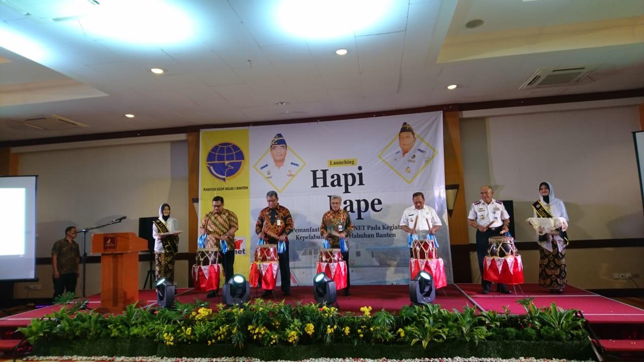 Kegiatan peluncuran aplikasi Hapi Pape (harmonisasi inaportnet dalam pelayanan pelabuhan) di Kantor Syahbandar dan Otoritas Pelabuhan (KSOP) Banten.