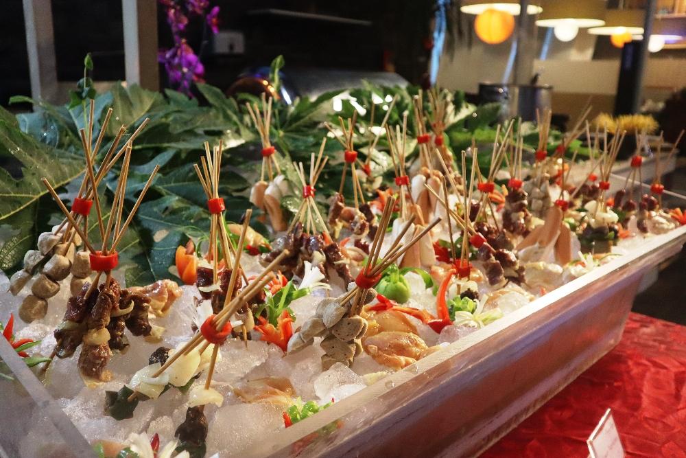 Menu makanan di Allium Tangerang Hotel.