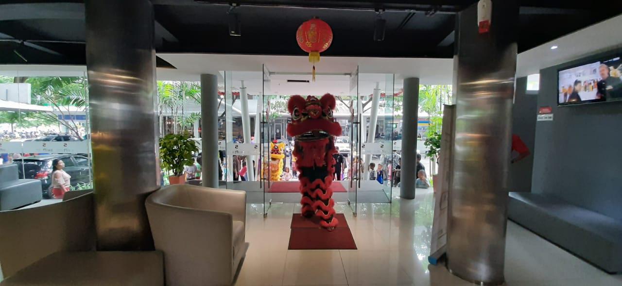 Perayaan tahun baru Imlek di apartemen Aeropolis, Neglasari, Kota Tangerang, Sabtu (25/1/2020).