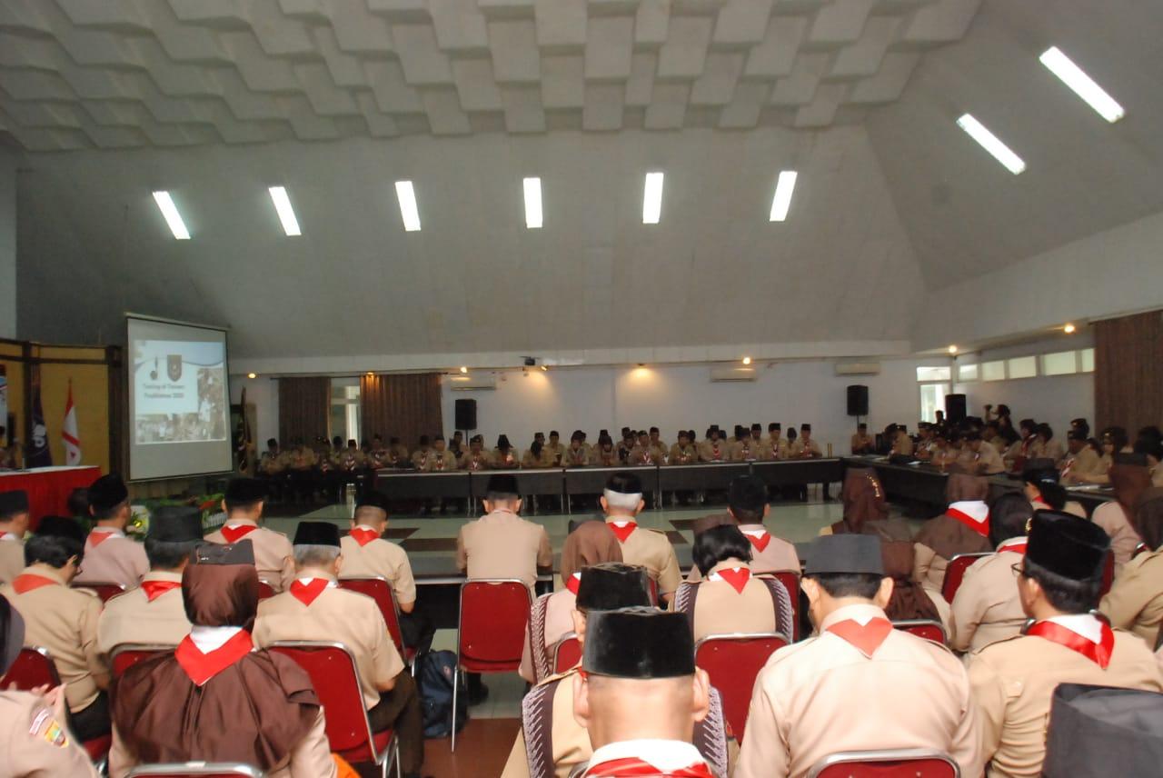 Ketua Kwartir Nasional Gerakan Pramuka, Komjen Pol. (Purn) Budi Waseso membuka kegiatan Training Of Trainers (TOT) Pusdiklatnas 2020, di Aula Sarbini, Taman Rekreasi Wiladatika, Cibubur, Jakarta, Rabu (26/2/2020).