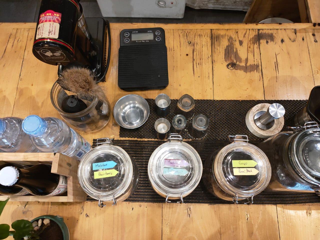 Alat yang di gunakan untuk membuat kopi.